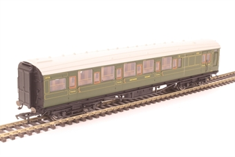 R4768 Maunsell corridor brake third 3778 in SR olive green