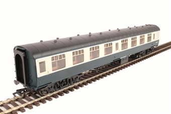 R4772 Mk1 SK second corridor W25908 in BR blue and grey