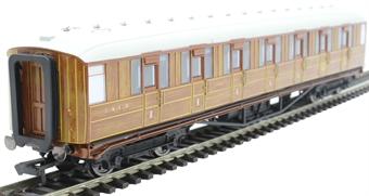 """R4827 Gresley 61' 6"""" first corridor 31885 in LNER teak"""