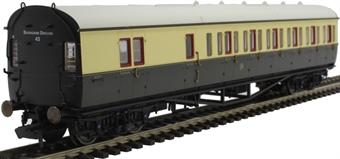 R4876 Collett 57' 'Bow ended' non-corridor brake third (Left-hand) 4971 in GWR chocolate and cream