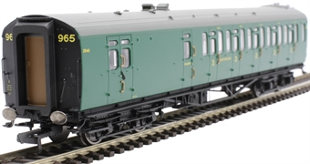 R4884A Bulleid 59' brake third corridor 2846 in SR malachite green
