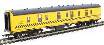 R4903 Mk1 QQX BTU tool van ADB975613 in BR engineers yellow