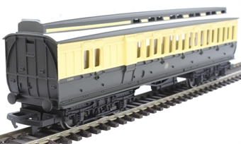 R4914 GWR clerestory brake third coach in GWR chocolate and cream - Railroad range