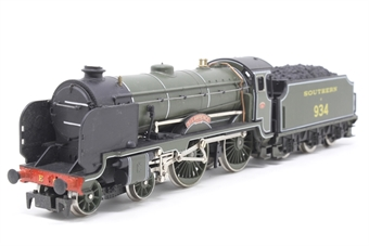 R533-PO06 Class V 4-4-0 'St Lawrence' 934 in Southern Green - Pre-owned - Noisy runner, missing couplings