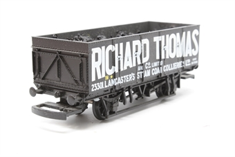 """R6071-PO04 21 Ton large mineral wagon """"Richard Thomas"""" - Pre-owned - detailed with added coal load- missing coupling hooks - imperfect box"""