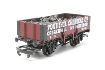 """R6072-PO11 5-plank wagon """"Pontithel Chemicals"""" - Pre-owned - detailed  with added coal load - missing coupling hook - imperfect box"""