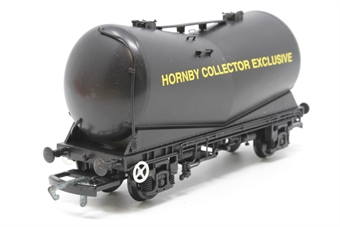 R6090-PO16 VEE Tank Wagon: Hornby Collector Exclusive - Pre-owned - Like new - imperfect box