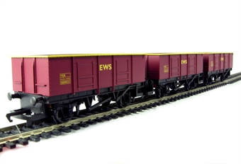 R6367 Coal train pack - pack of 3 open wagons in EWS livery - Railroad Range