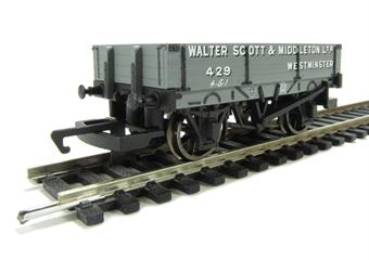 "R6576 3 Plank wagon ""Walter Scott & Middleton Ltd"""