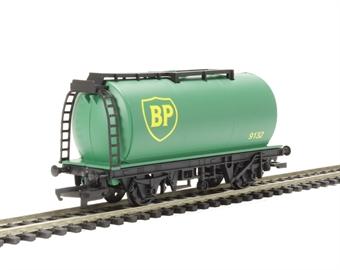 R6787 RailRoad BP Petrol Tanker