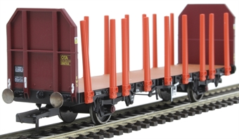 R6848 OTA timber wagon 200763 in EWS maroon with tapered stanchions