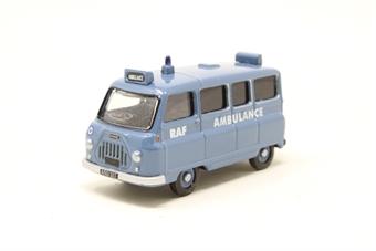 R7085-PO Morris J2 Ambulance - Pre-owned - imperfect box