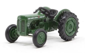 R7155 Ferguson TEA Tractor - SkaleAuto Range