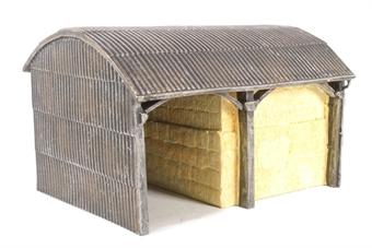 R9851 The Country Farm Dutch Barn - Based on R8784