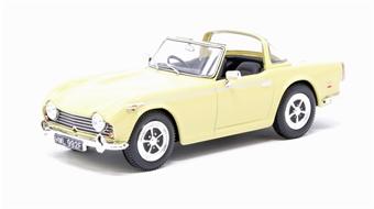 VA11509 Triumph TR5 - Jasmine Yellow £24
