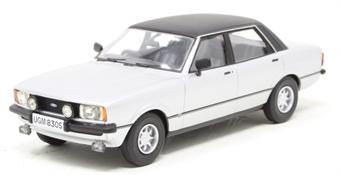 VA11912 Ford Cortina Mk4 3.0 Savage - Strato Silver