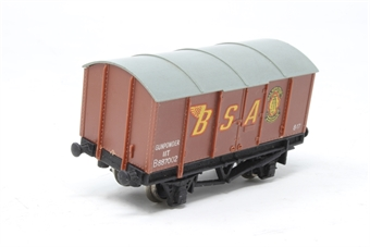W5009-PO09 BR 11T Gunpowder Van B887002 - 'BSA' - Pre-owned - missing couplings-  one axle to wide so means wagon leans to one side, replacement box