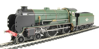 "R2743 Schools Class 4-4-0 30915 ""Brighton"" in BR Green with late crest"