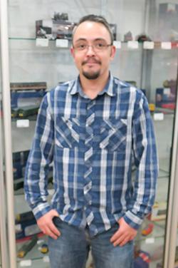 Elliott  - Services Technician